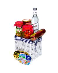 There is a perfect combination of o fish and meat products, marinated products and a bottle of vodka in this delicious gift basket.